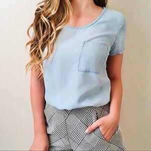 Cloth & Stone blue pocketed chambray blouse MEDIUM